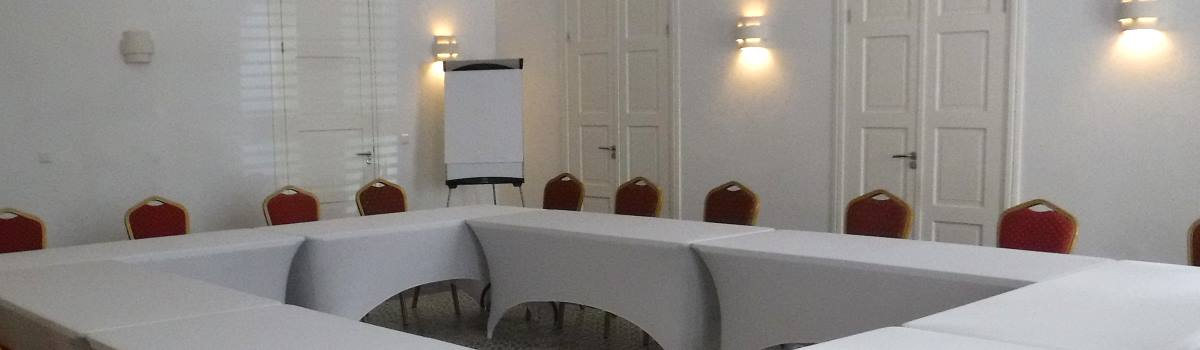 meeting space which can accommodate up to approx. 50 people