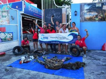 Scuba Lodge Organizes Successful Clean Up Dive